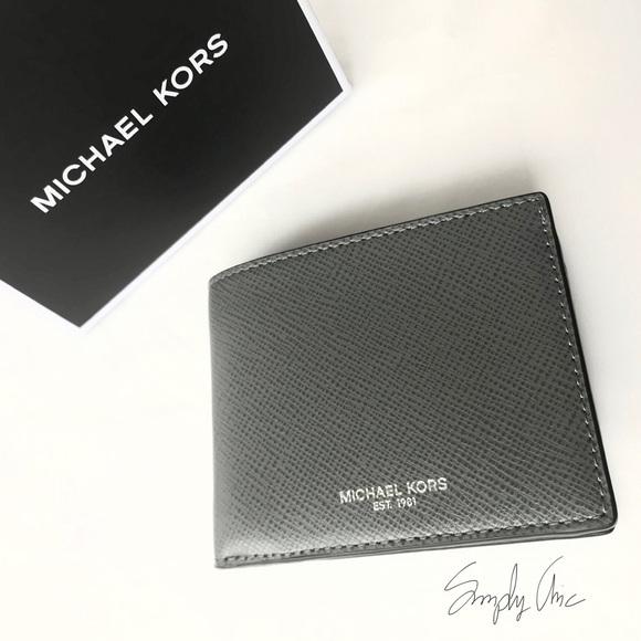 f010952a3813 New MK Harrison slim wallet with RFID